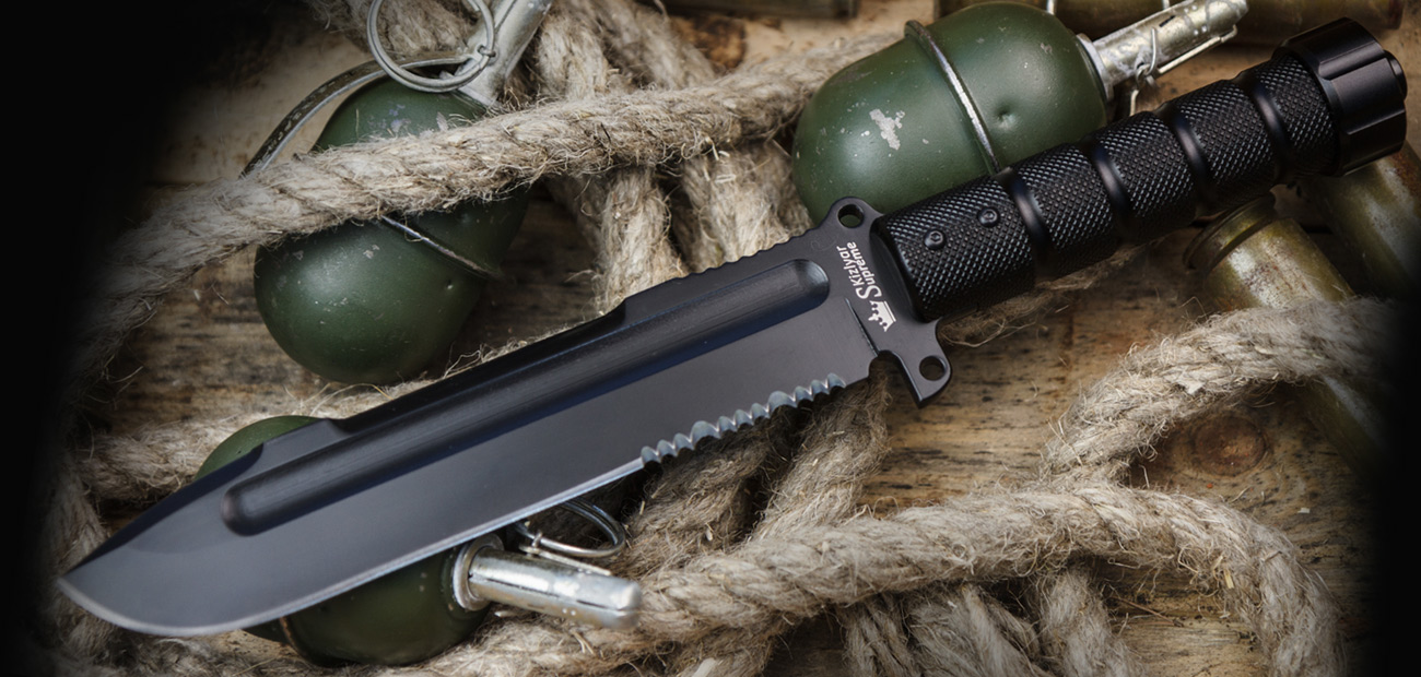 Survivalist Z - AUS-8 w/ Black Ti