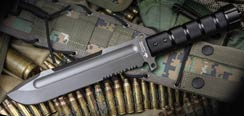 Survivalist Z - AUS-8 w/ Gray Ti